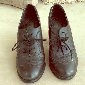 Classic secretarial heels 8 1/2